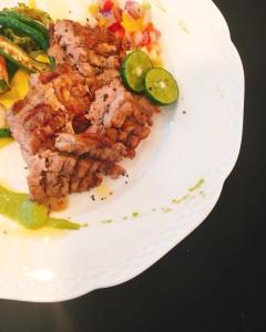 みや豚ハラミのガーリックステーキ