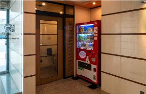 喫煙ブース/飲料自動販売機